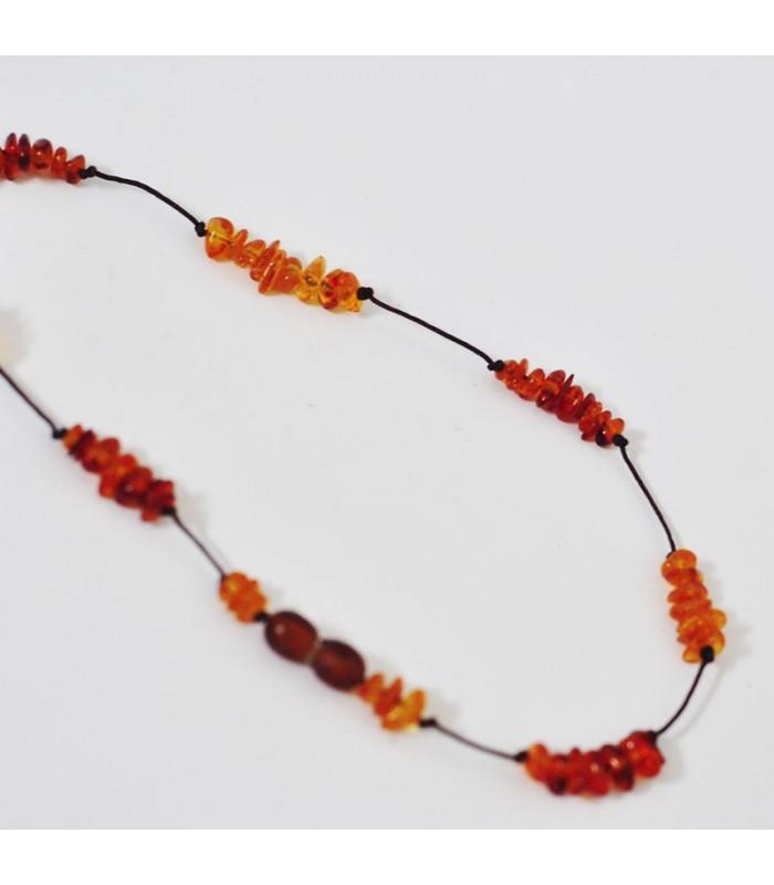 Detský jantárový náhrdelník n854